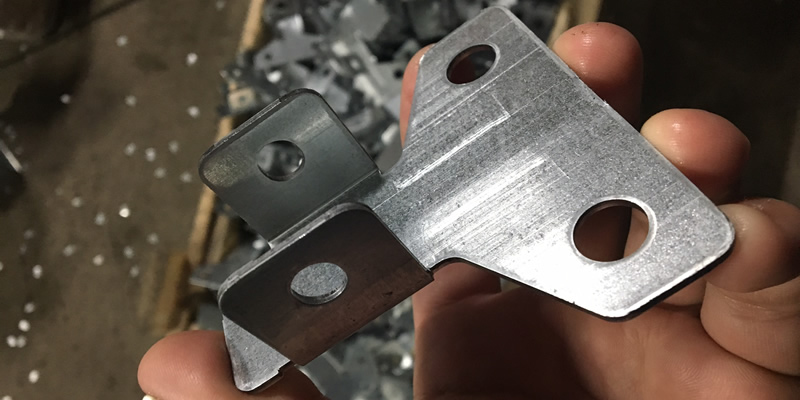 Штамповка деталей из листового металла